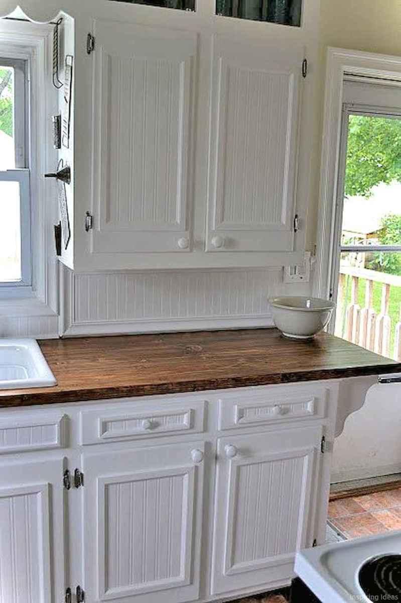 Amazing cottage kitchen cabinets ideas016