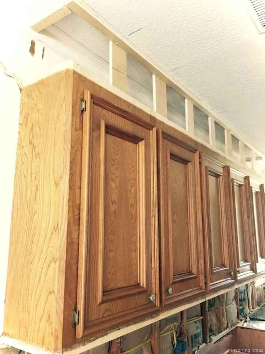 Amazing cottage kitchen cabinets ideas043