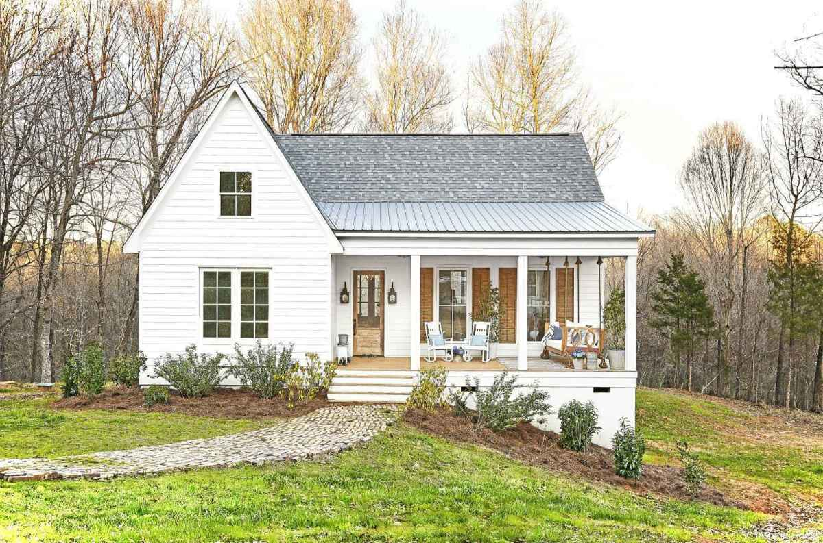 Charming 39 small cottage house exterior ideas
