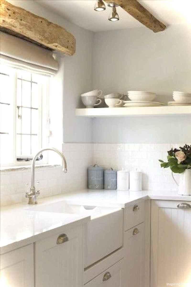 Genius small cottage kitchen design ideas015