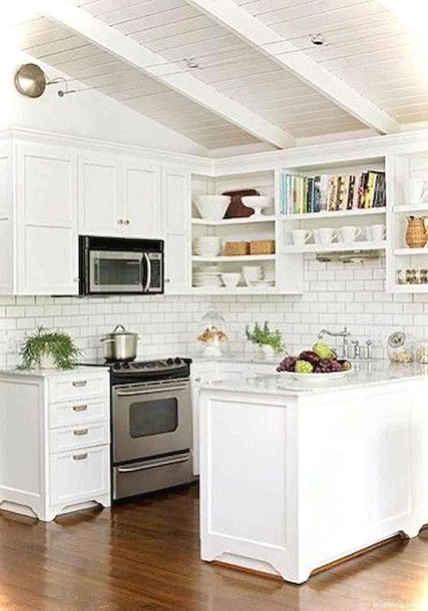 Genius small cottage kitchen design ideas050