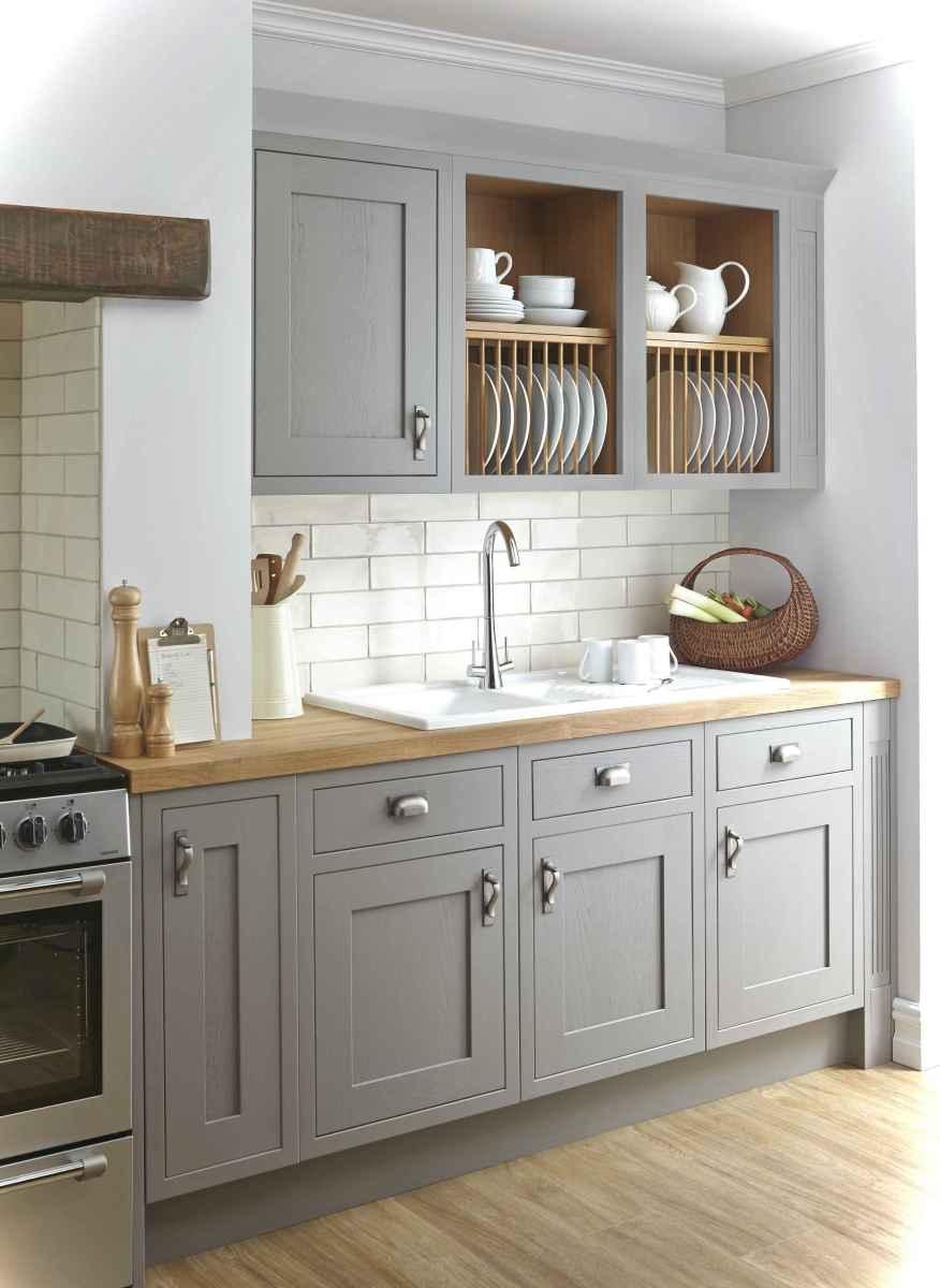 Genius small cottage kitchen design ideas051