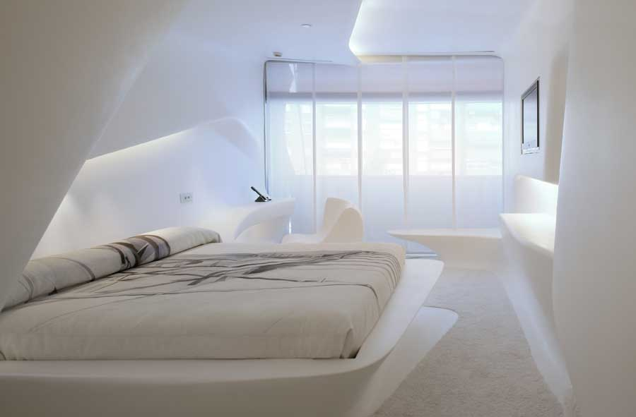 An Obsession In White Hotel Rooms RoomCritic