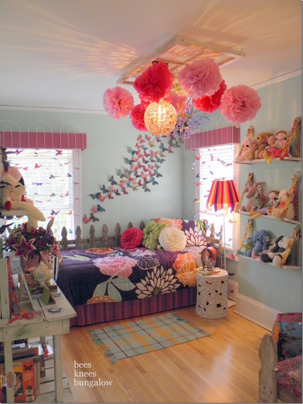 5 Girls Bedroom Sets Ideas For