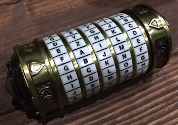 the-da-vinci-code-mini-cryptex