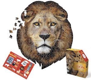 A puzzle made to look like a majestic lion's head.