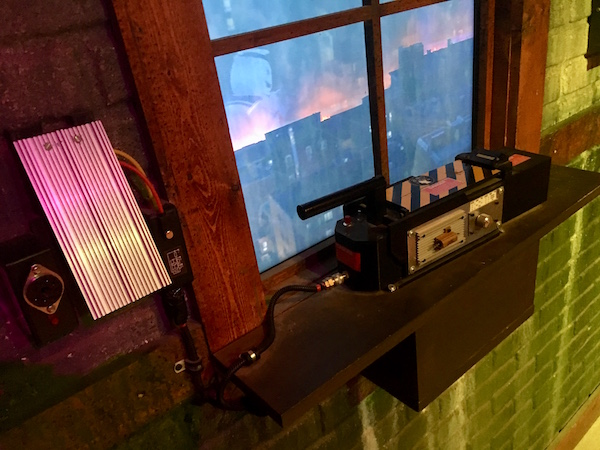 In-game: Closeup of a Ghostbusters trap.