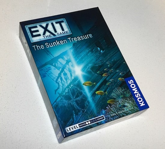 Sunken Treasure's box art features a sunken tall ship.