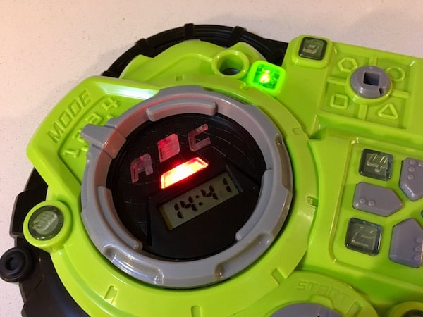 The device activated, lights glowing, there is 14:41 on a timer.