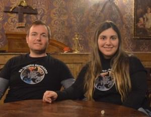 Victor Espriu & Maria José Navarro sitting at a table