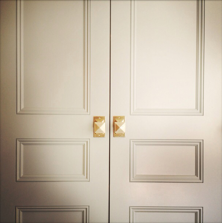 Favorite Brass Kitchen Cabinetry Hardware