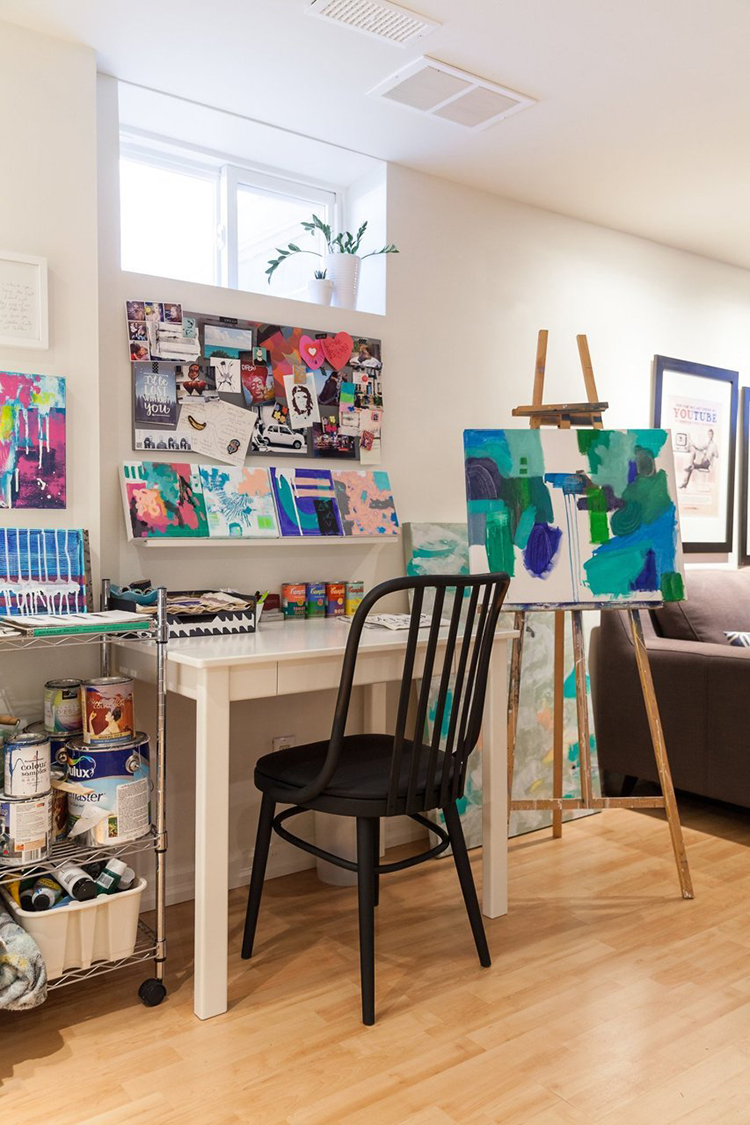 Holly Young Art Studio