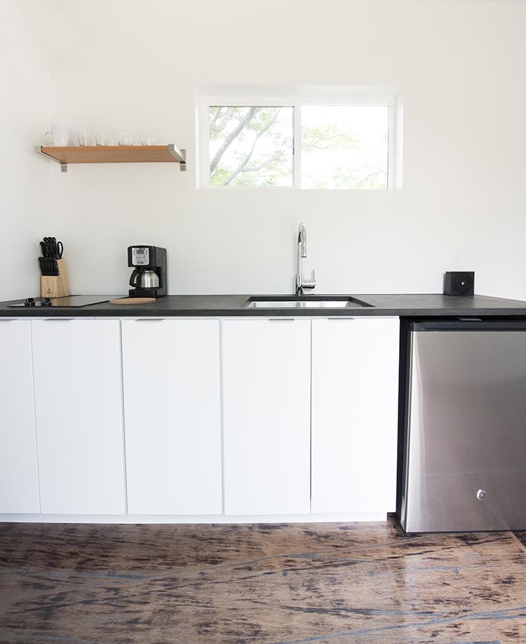 Black and White Minimal Kitchen