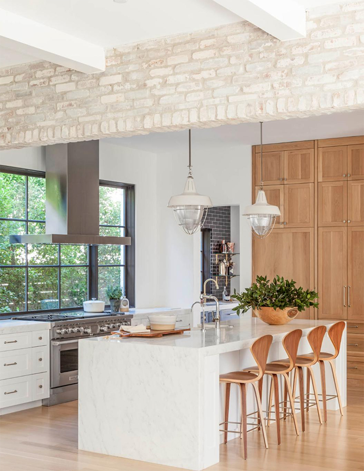 bright-and-airy-kitchen