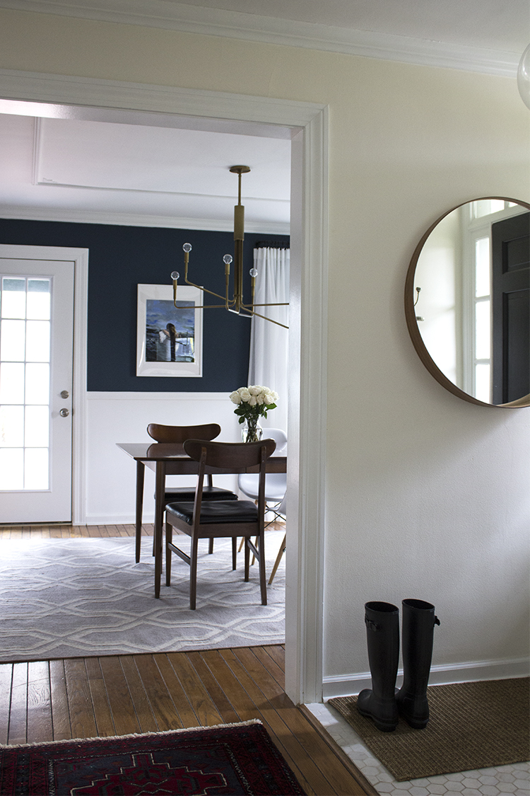 Room And House Decor Pictures: A Moody And Modern Dining Room
