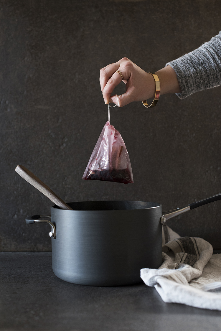 easy-mulled-red-wine