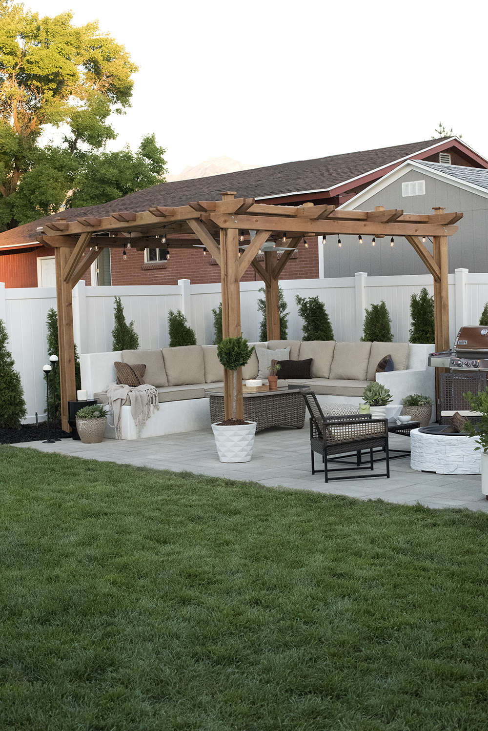 Pergola and Outdoor Entertaining Space