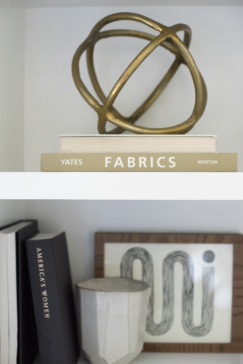 How to Perfect Shelf Styling