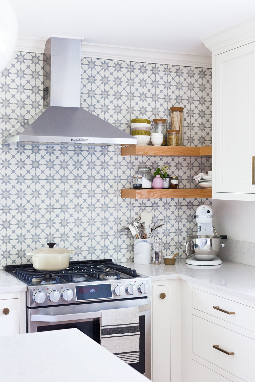 Roundup : Affordable Patterned Floor Tile - roomfortuesday.com