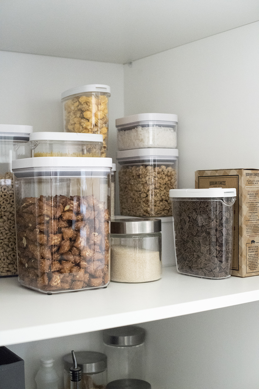 Tips for Organizing a Pantry - roomfortuesday.com