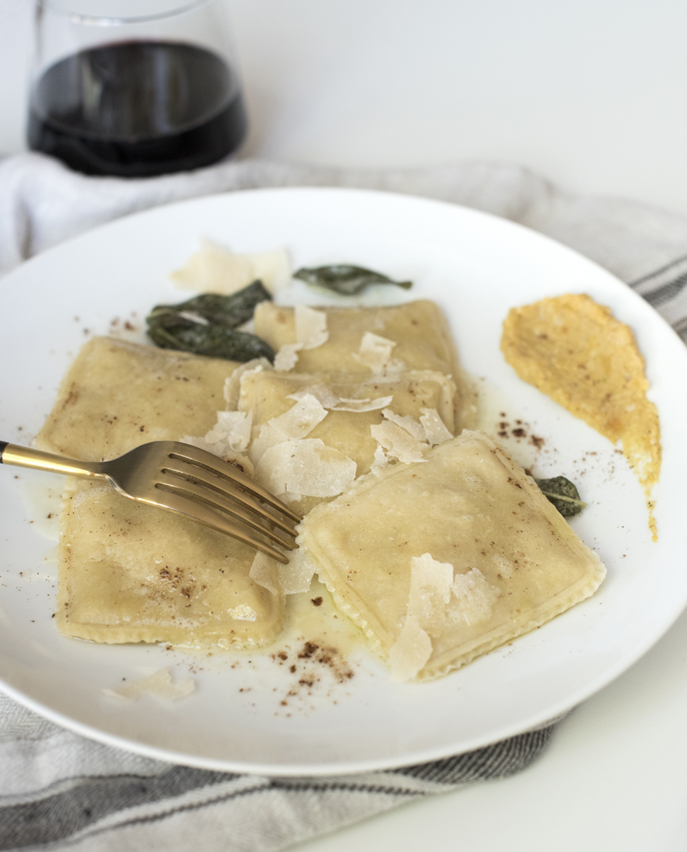 Butternut Squash Ravioli Recipe + My New Cookware - roomfortuesday.com