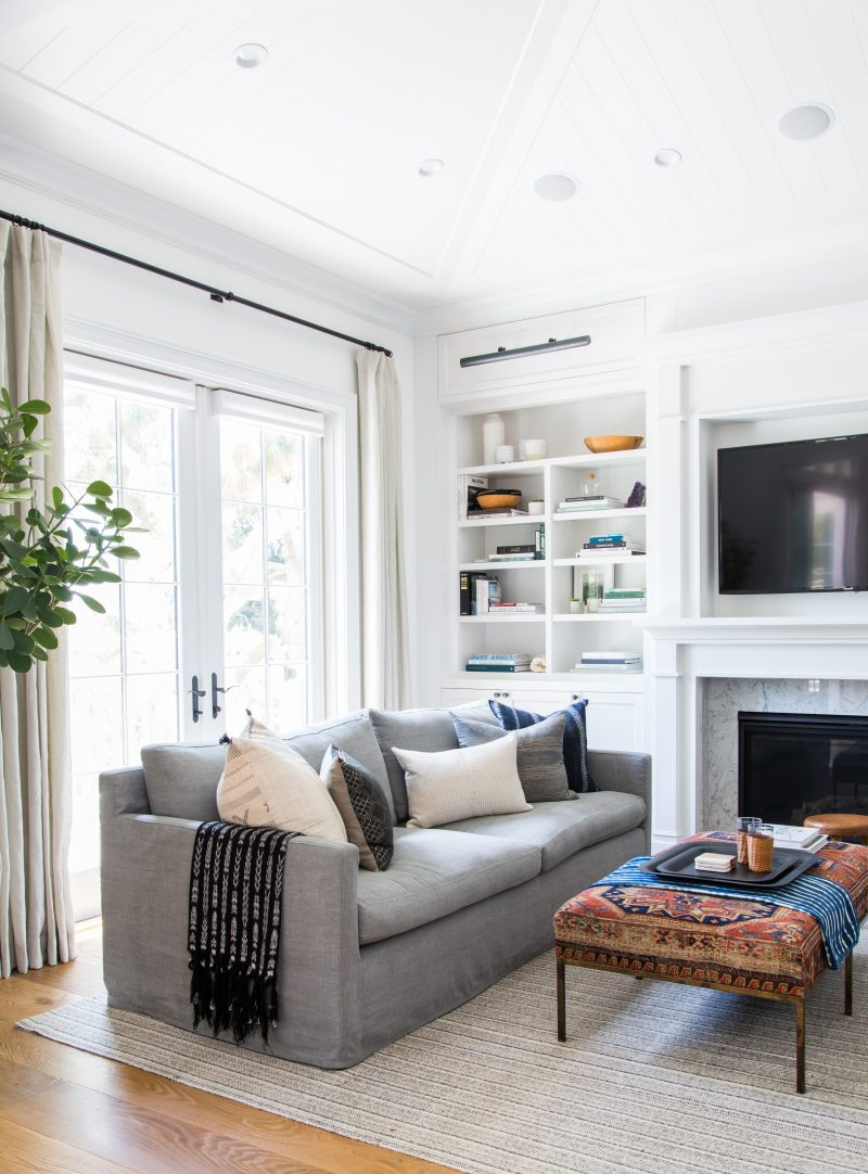 Throw Pillows That Work Well On Gray Sofas Room For Tuesday
