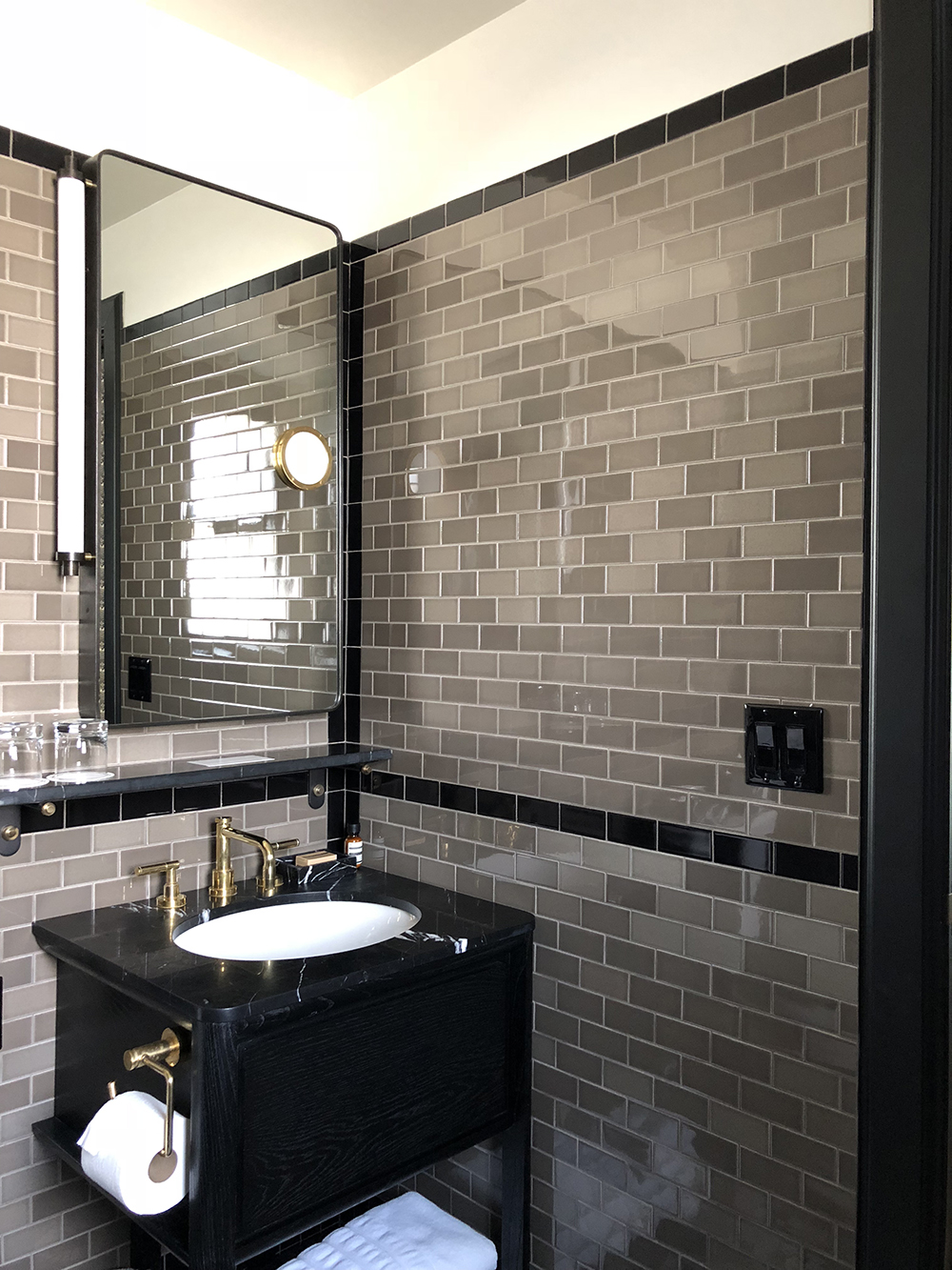 Kelly Wearstler Bathroom - Room For Tuesday