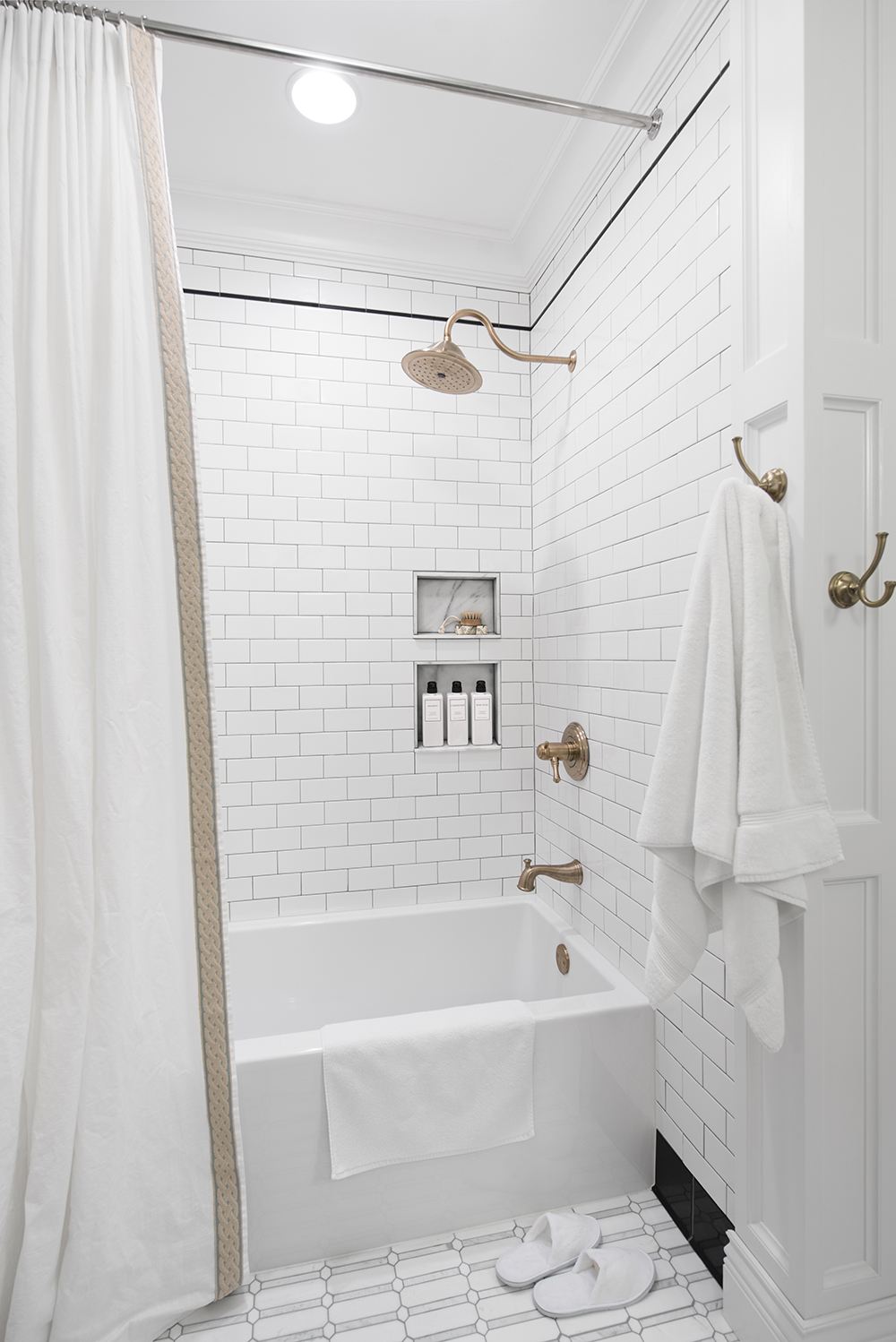 Guest Bathroom Renovation Recap - roomfortuesday.com