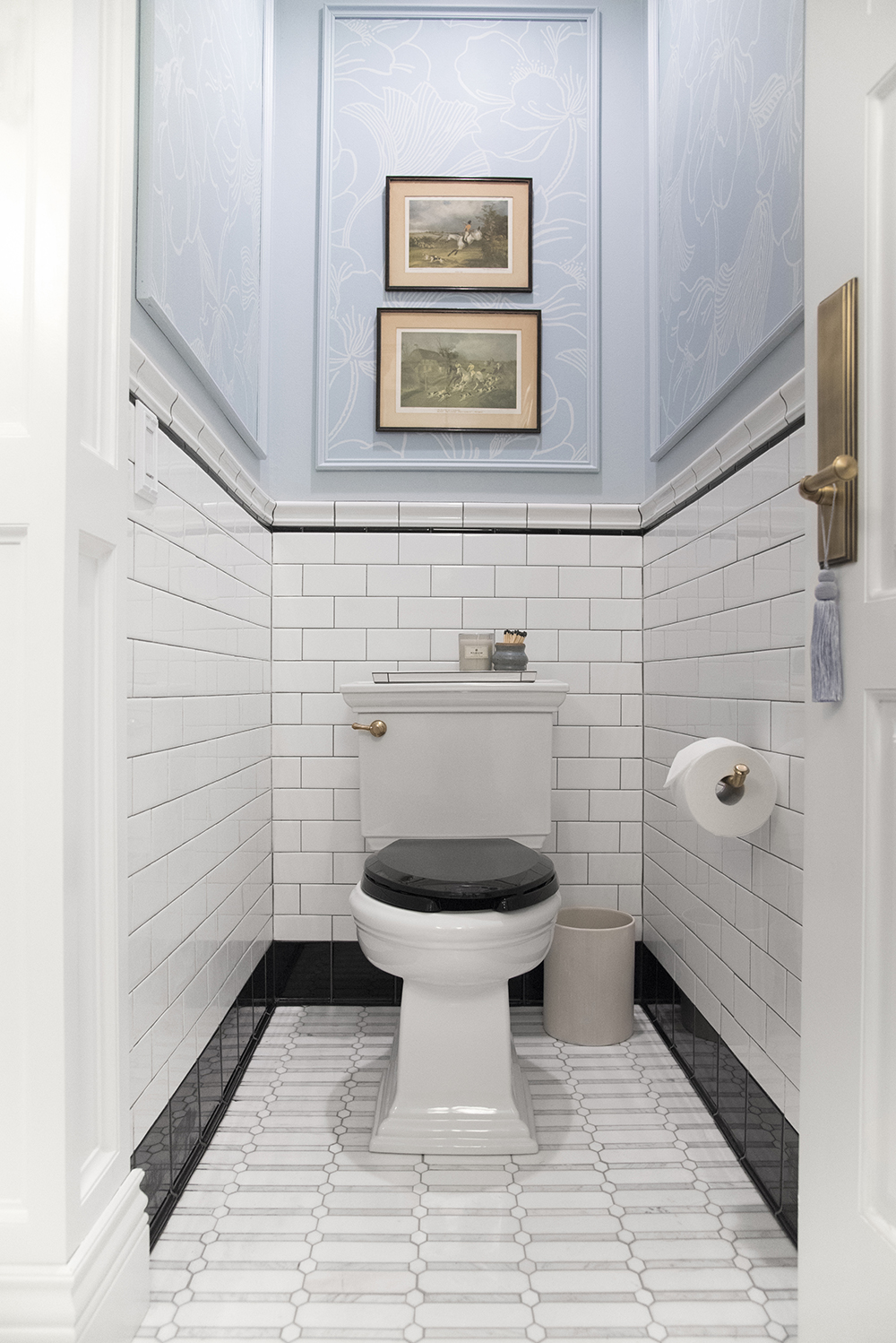 Guest Bathroom Reveal - roomfortuesday.com