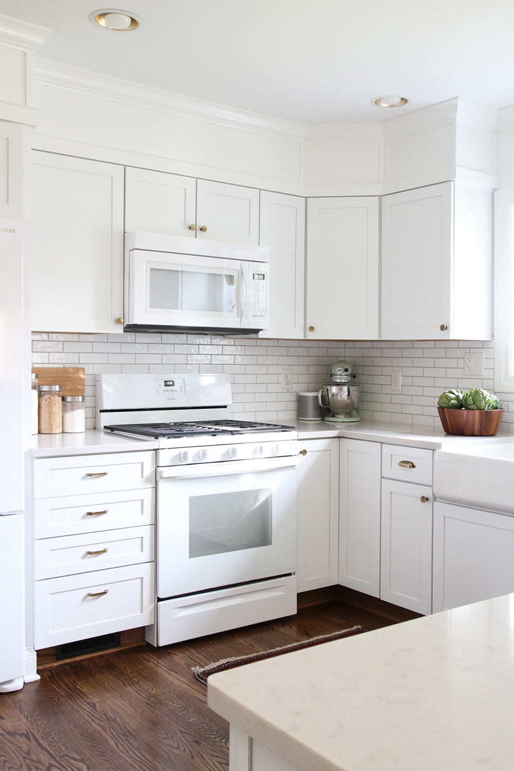 How to Choose Appliances to Fit Your Budget - roomfortuesday.com