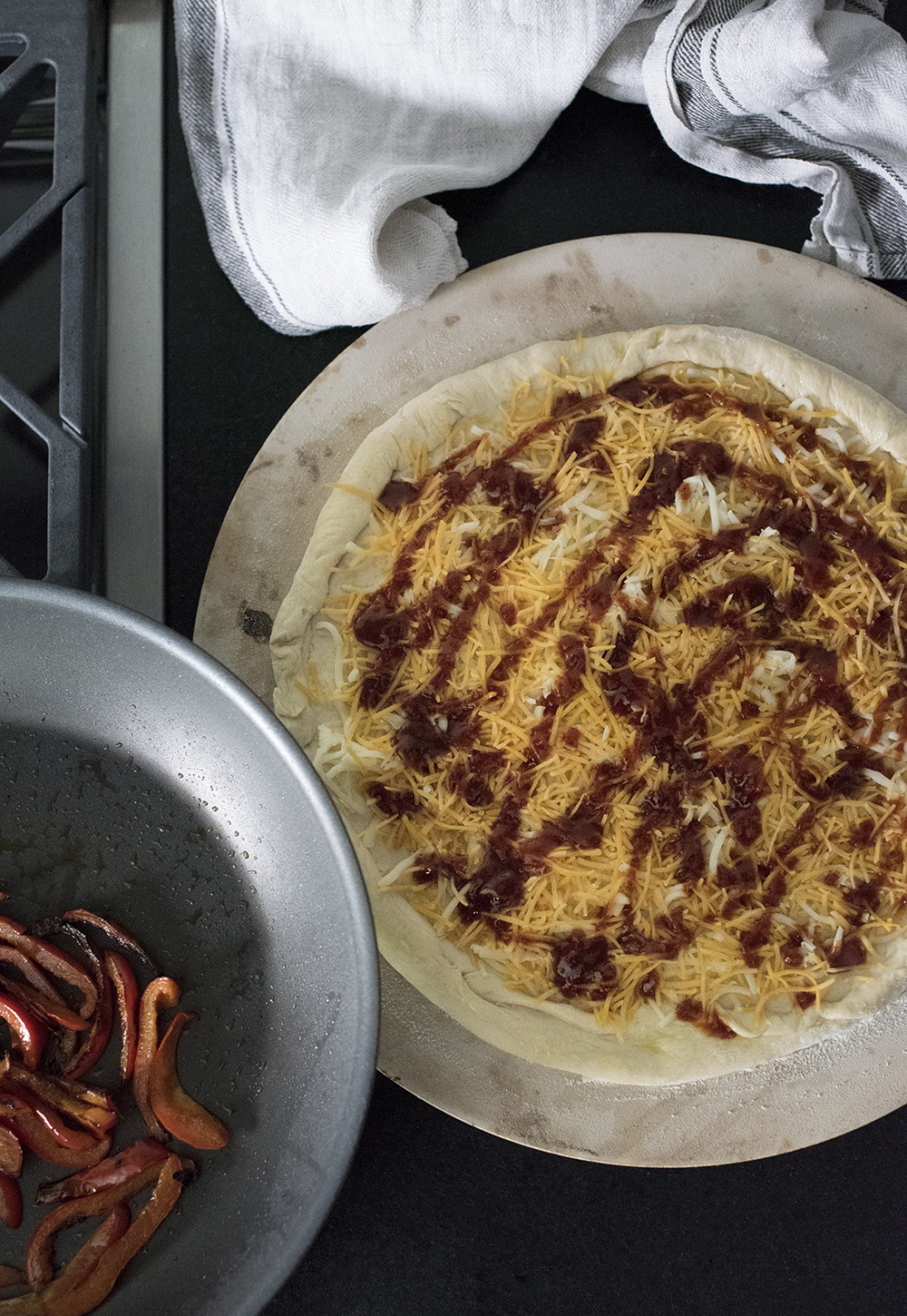 Southwest BBQ Chicken Pizza - roomfortuesday.com