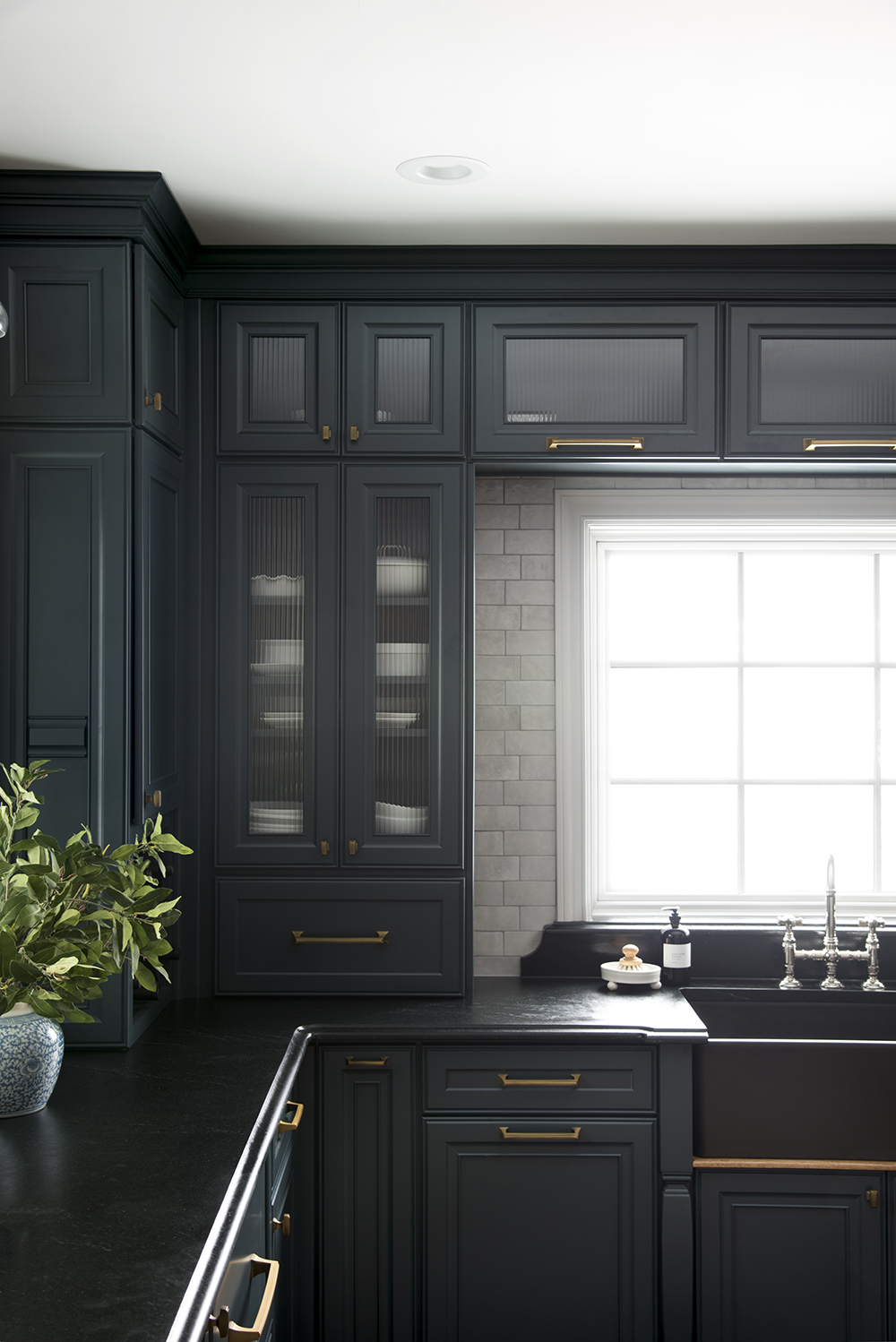Our Dark & Moody Kitchen Reveal - roomfortuesday.com