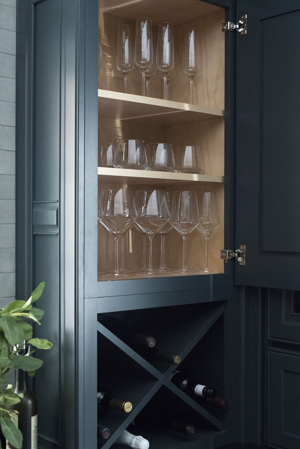 My Dishes, Glassware, & Kitchenware (+A Printable Registry Checklist) - roomfortuesday.com