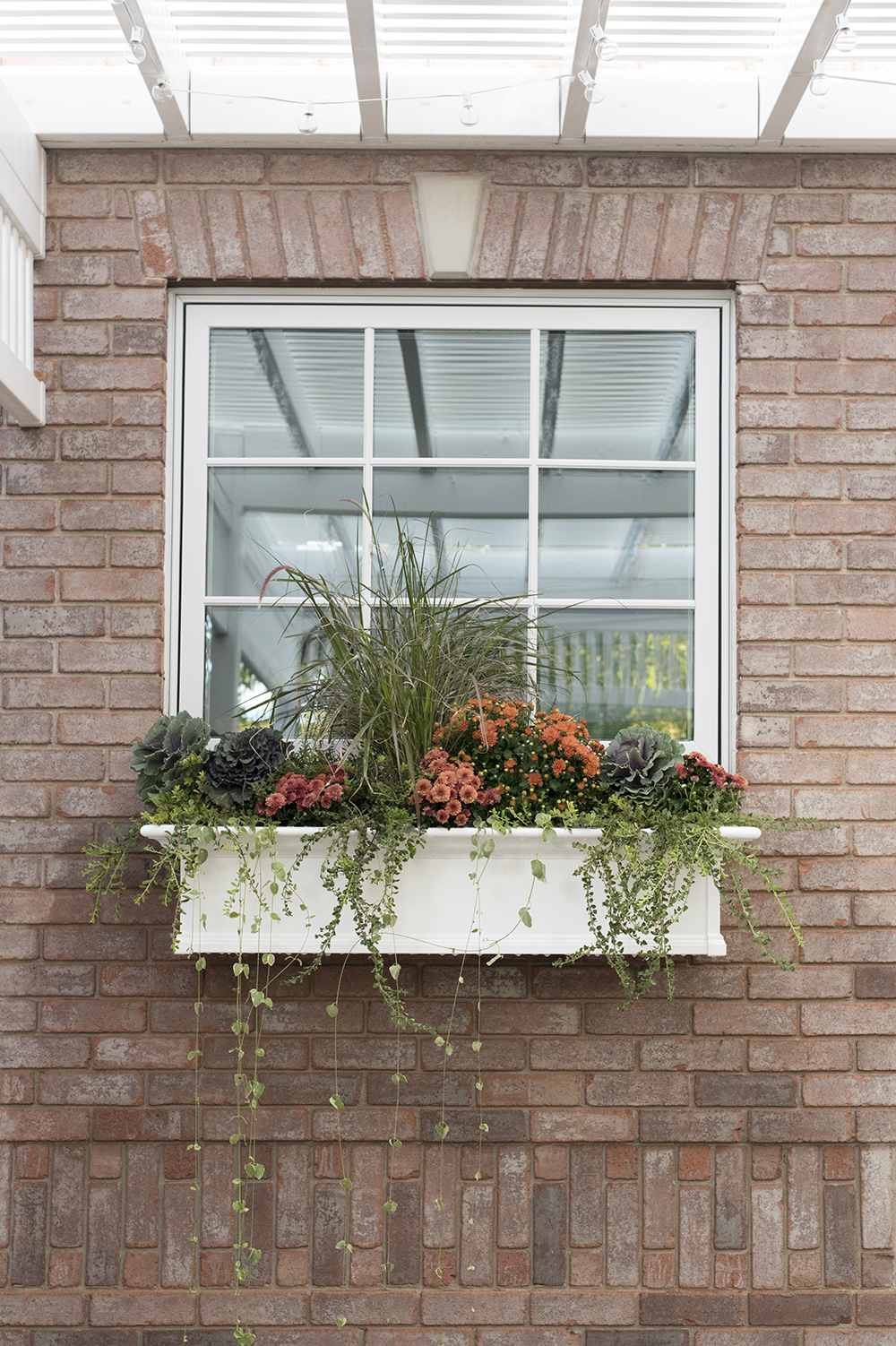 Another Fall Window Planter Box - roomfortuesday.com