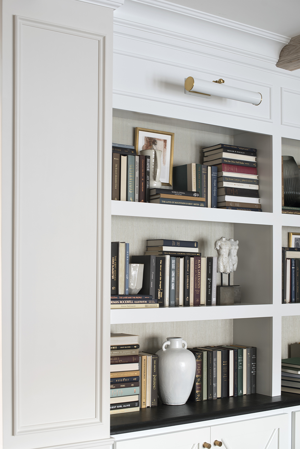 10 Tips for Shelf Styling with Lots of Books - roomfortuesday.com