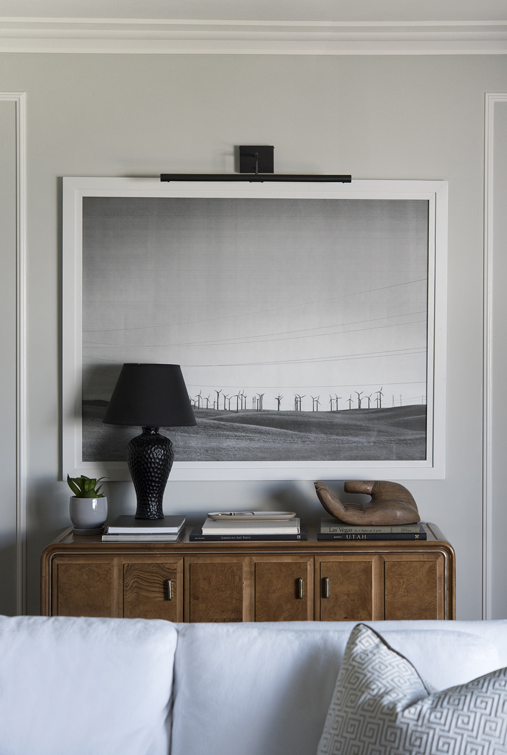 5 Ways to Score Quality, High-End Furniture On a Budget - roomfortuesday.com