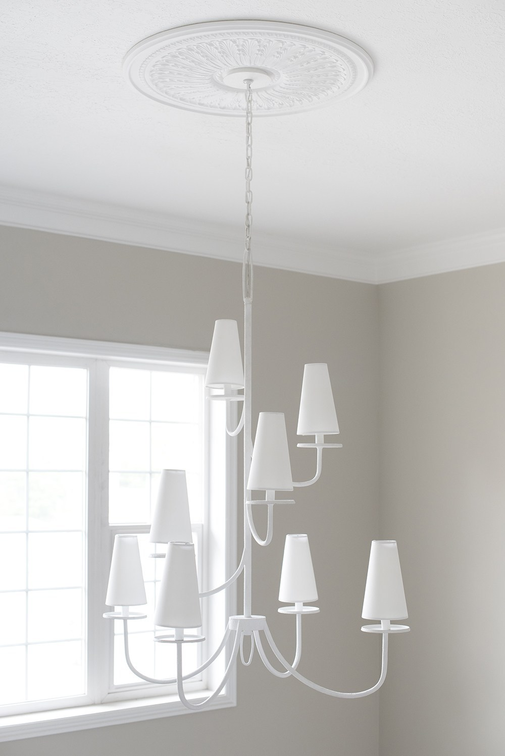 Tips for Layering Lighting Like a Designer - roomfortuesday.com