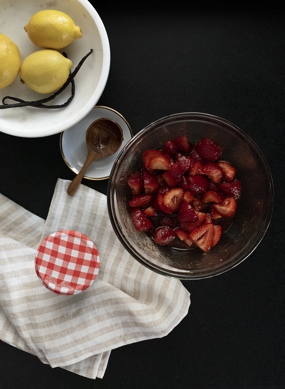Pavlova with Soaked Strawberries & Vanilla Cream - roomfortuesday.com