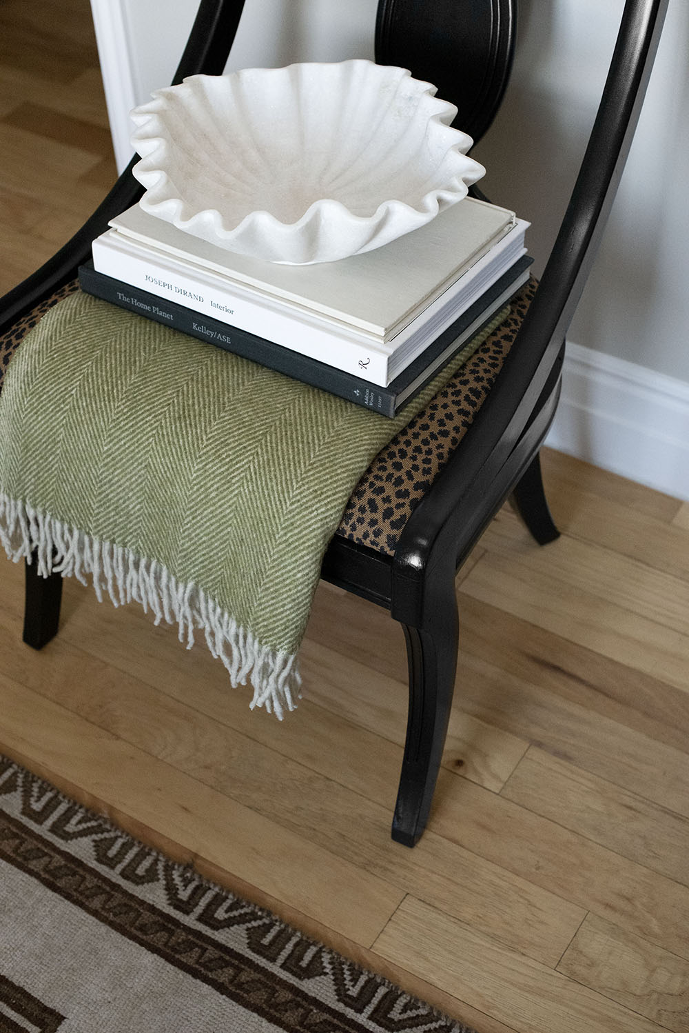 Cozy Tuesday Made Fall Arrivals - roomfortuesday.com