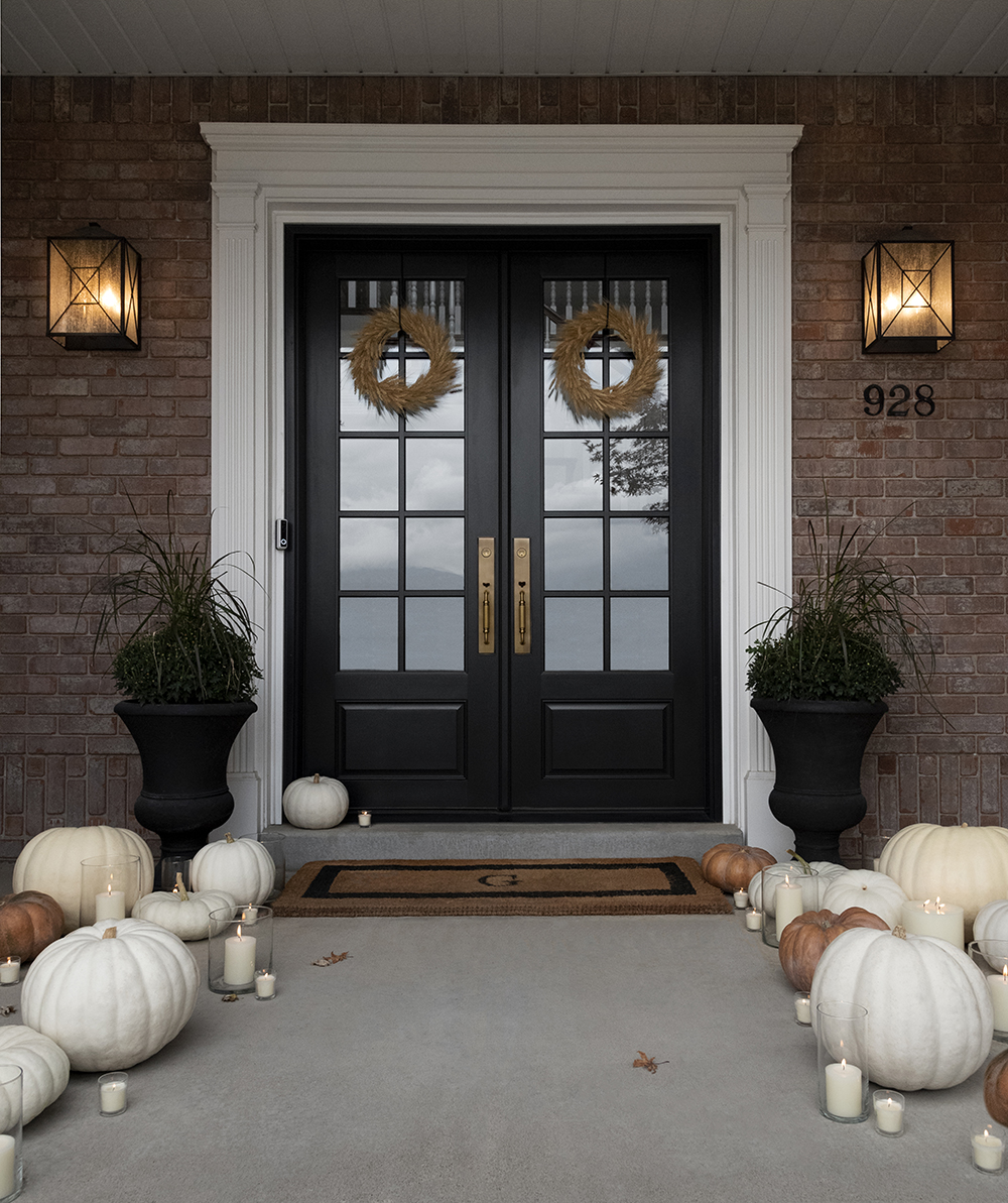 Our Front Porch for Autumn - roomfortuesday.com