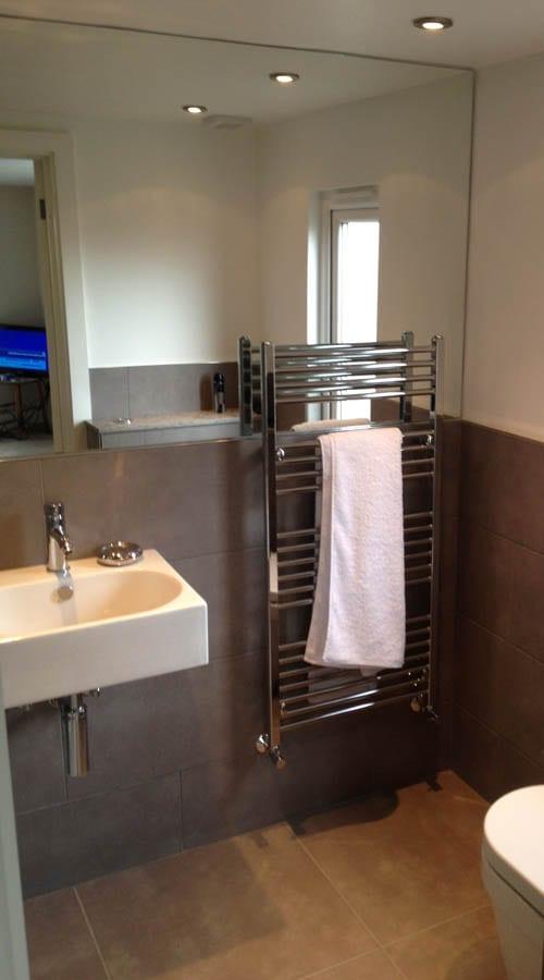 Small bathroom design ideas and images   RoomH2O on Small Space:t5Ts6Ke0384= Small Bathroom Ideas  id=22883