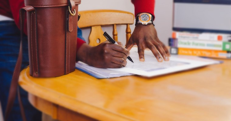 4 Things to Include in a Roommate Agreement