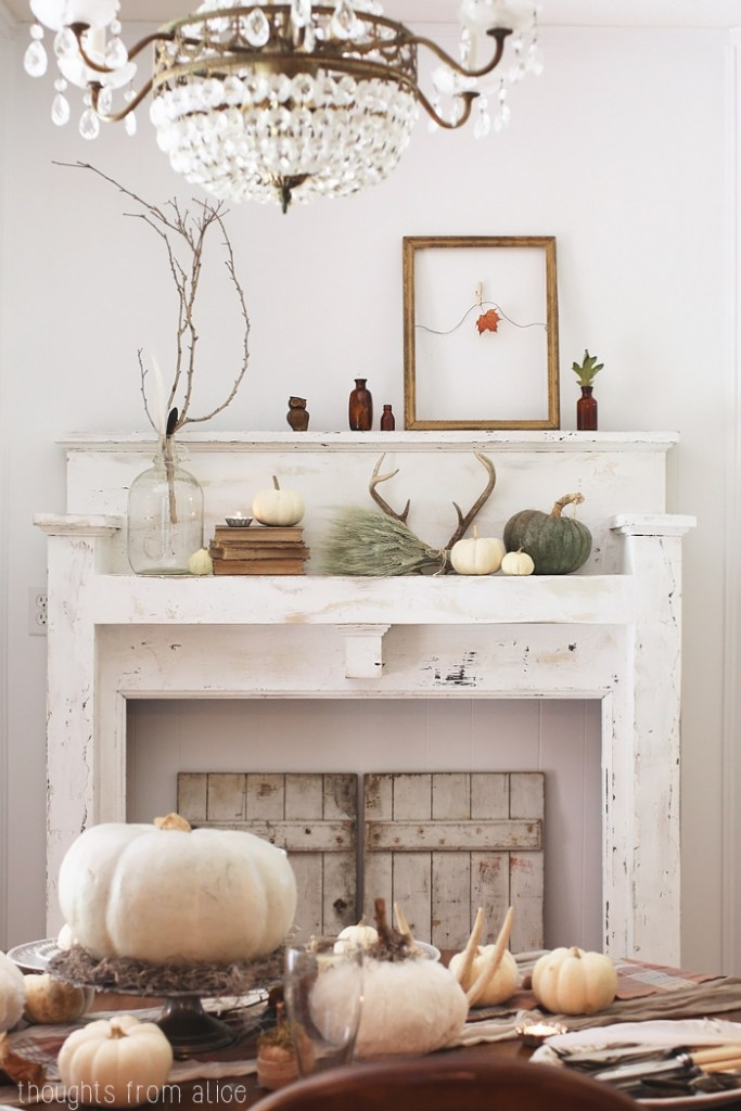 Rustic-Thanksgiving-Fall-Dining-Room | Fall Inspiration | Rooms FOR Rent Blog