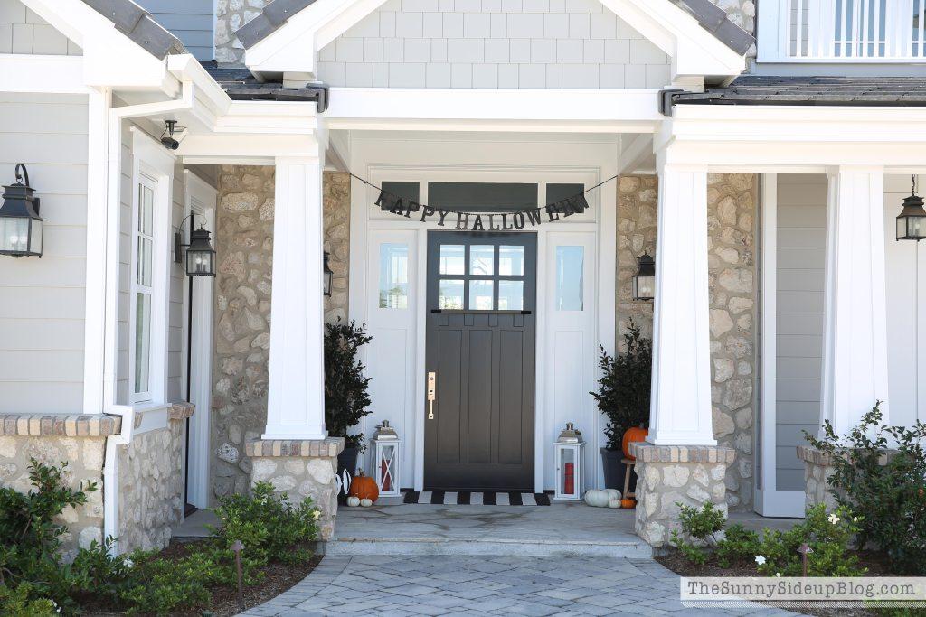 happy-halloween-porch