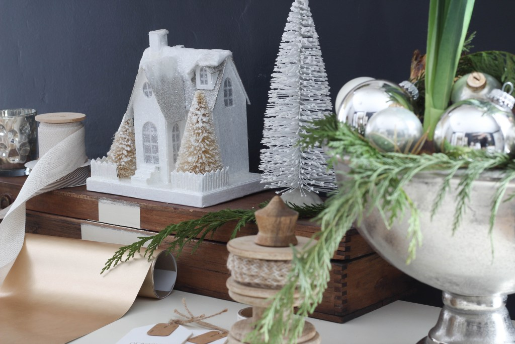Christmas in the Office | Rooms FOR Rent Blog