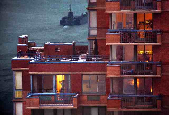 Early Winter Morning Off Roosevelt Island