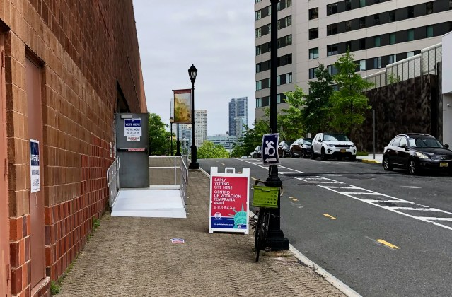 Roosevelt Island early voting site