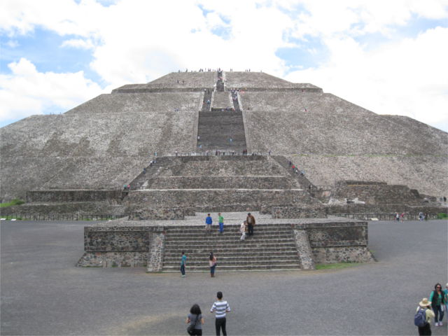 pyramid-of-teotihuacan