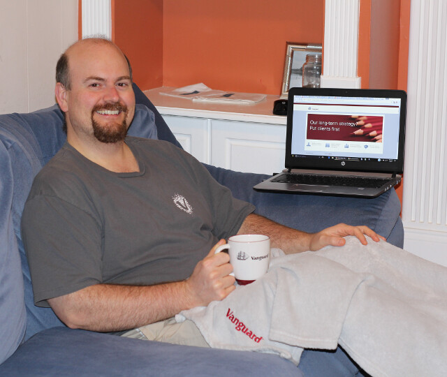 The lazy man with the lazy portfolio proudly sporting his Vanguard gear