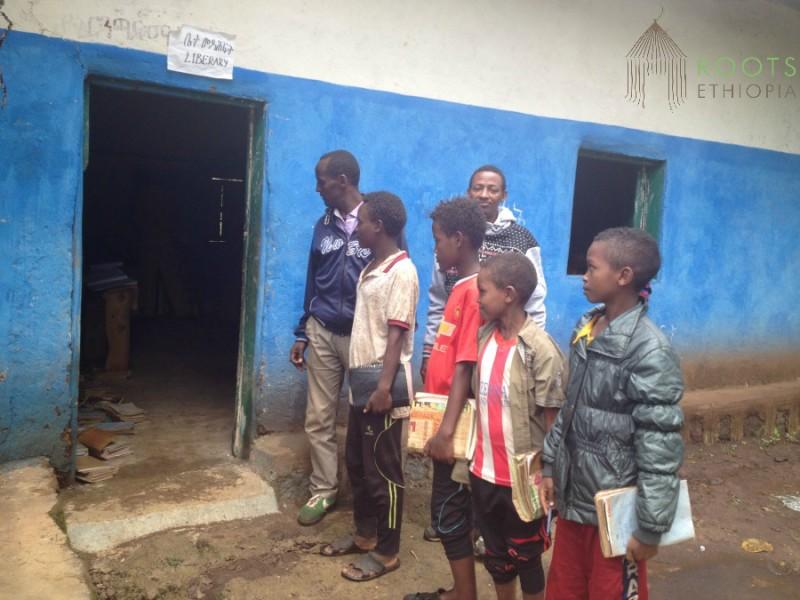 Ethiopia_Library_Hawora_Waiting_2016-800x600